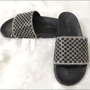 🎈SALE🎈Gold Toe Embellished Bling Sandals.